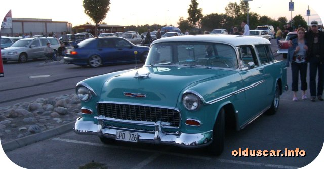 1955 Chevrolet Bel Air Nomad 2d Wagon front 2