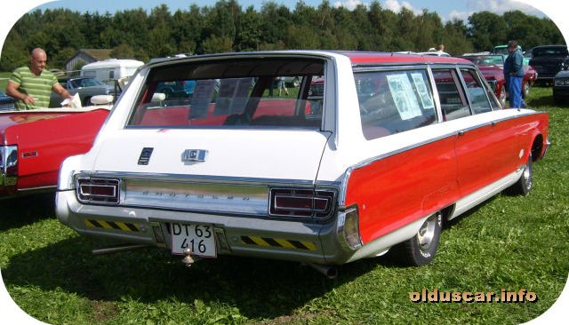 1966 Chrysler Newport Town & Country 4d 9p Wagon back