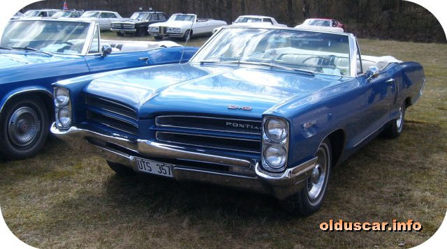 1966 Pontiac Catalina 2+2 convertible Coupe front