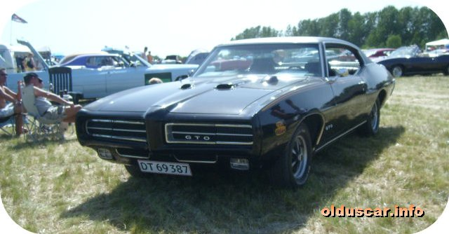 1969 Pontiac Tempest G.T.O. The Judge Ram Air Hardtop Coupe front